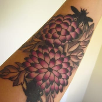 Blue flame tattoo 16 photos piercing raleigh nc for Best tattoo shops in raleigh