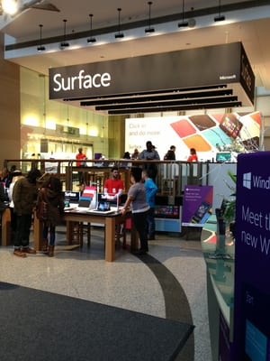 Microsoft Stores Nearby. Looking for an Microsoft store in a mall or outlet near you? Find your city and/or state in the list below. Note: Our database only includes stores that are found in a mall or outlet, and not freestanding stores. Alabama.