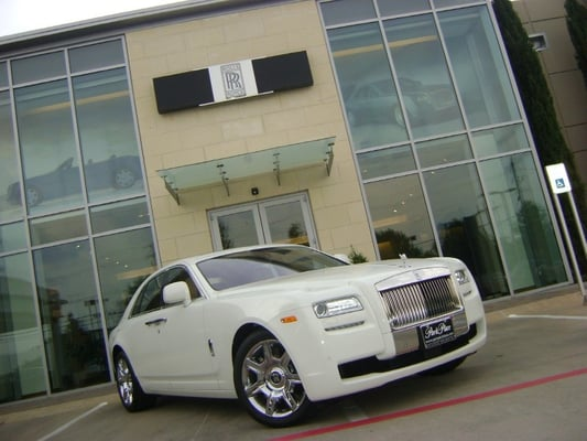 2011 rolls royce ghost in english white at park place