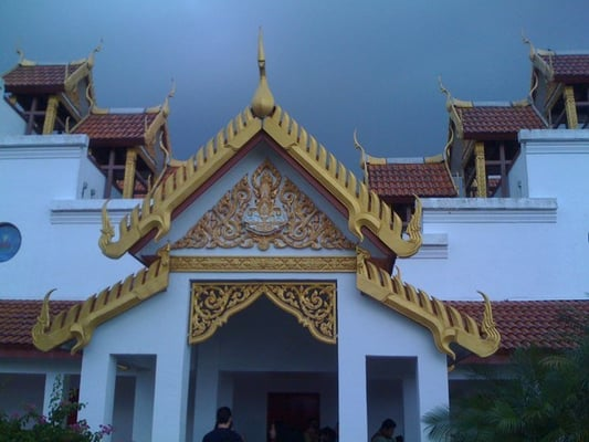 A Thai Buddhist temple near Miami