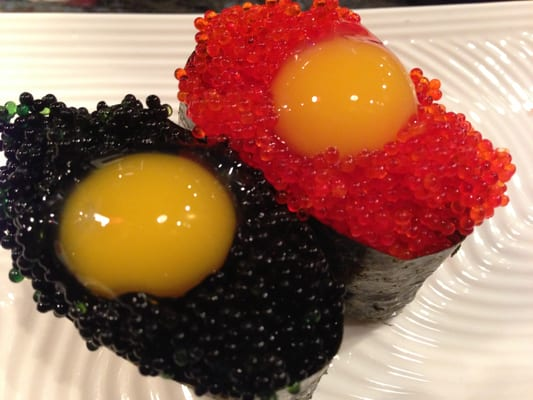 Quail egg on flying fish roe looking at you for Flying fish egg