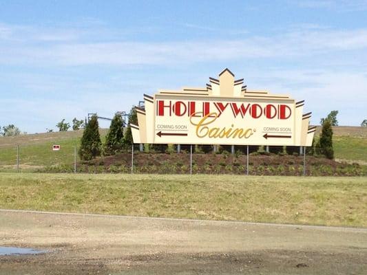 hollywood casino columbus gambling age