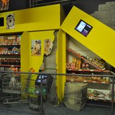 Kobe Japan supermarket earthquake simulator