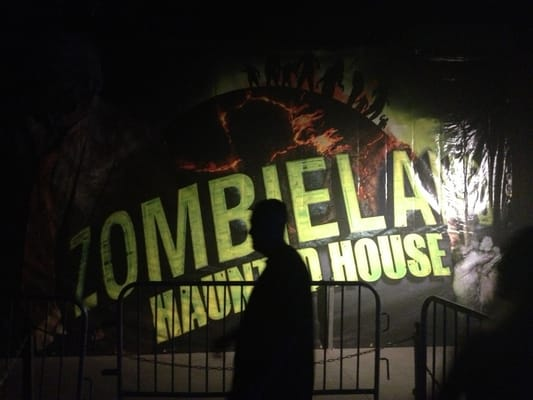 The 13th floor haunted house images frompo for 13th floor hunted house