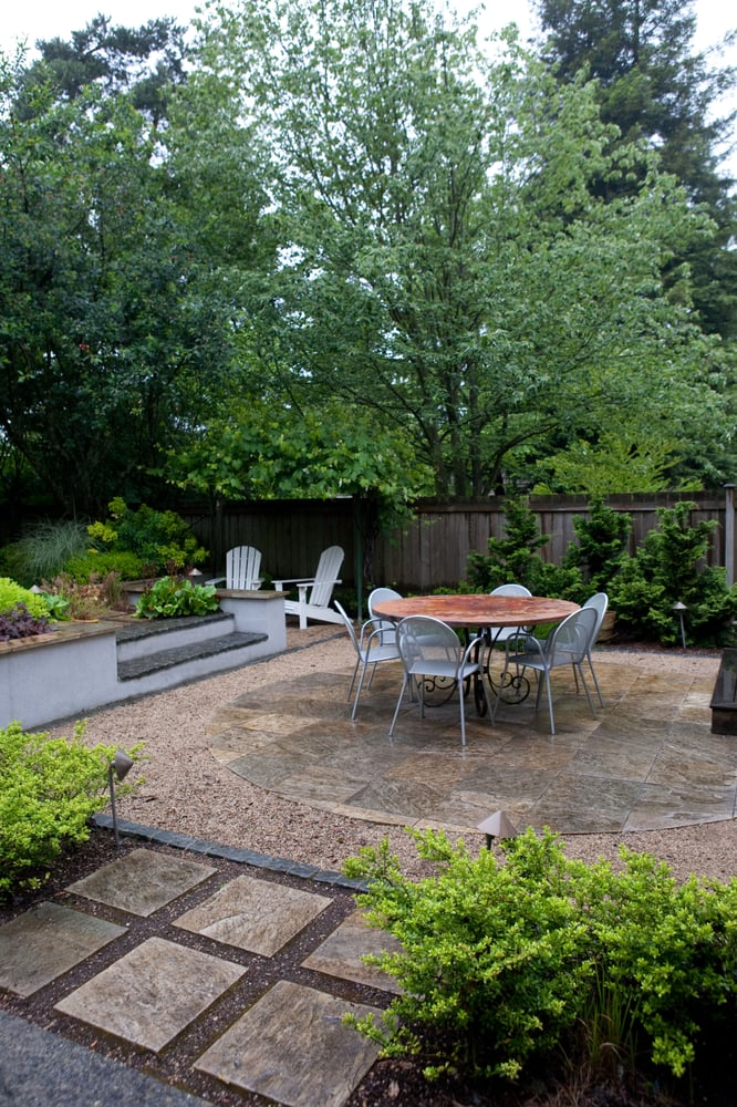 circular slate patio set in crushed marble and granite cobble square