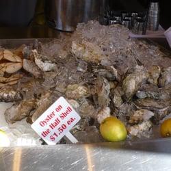 Grotto fish market fischrestaurant monterey ca for Fish market monterey ca