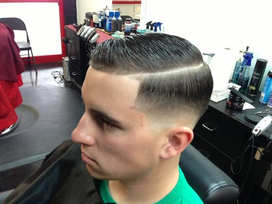 Low taper fade comb over haircut find hairstyle low taper fade comb over haircut image urmus Image collections