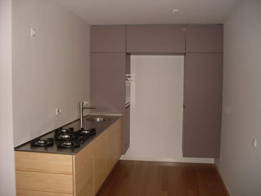 Zwevende Kast Keuken : zwevende keuken, rvs, bamboe en grijs mdf Yelp