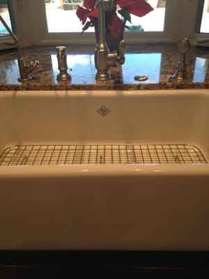 Shaw apron sink. Purchased at Faucets and Fixtures, Orange, CA | Yelp