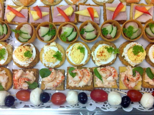 Deluxe canap platter yelp for Canape platters