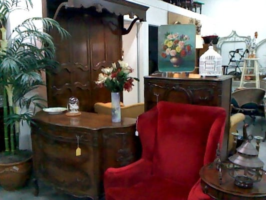 Consignment Furniture Shops Near Me