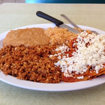 Chilaquiles con chorizo. Incredible!!!