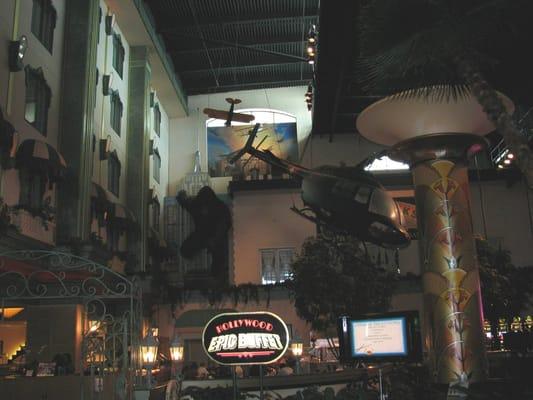 Hollywood casino tunica entertainment