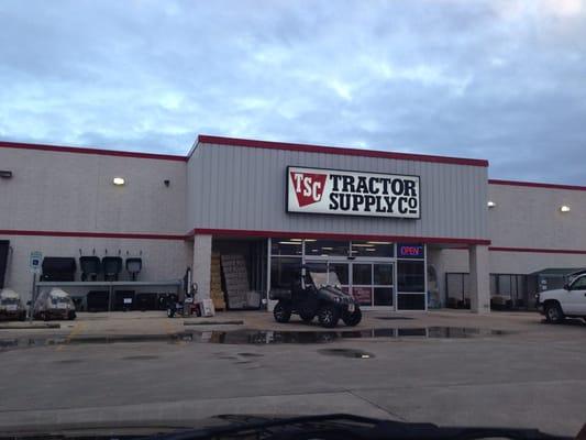 Tsc Tractor Supply Catalog : Tractor supply fredericksburg tx yelp