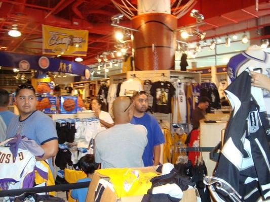 LA Team Store Lakers Staples Center
