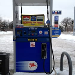 Gas Station With Air Pump Near Me >> Bucky's Mobil Gas Station - Gas & Service Stations - Highwood, IL - Yelp