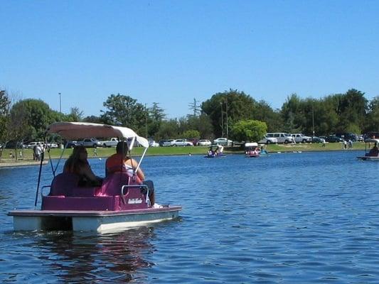 Photos for anthony c beilenson park lake balboa yelp for Balboa lake fishing