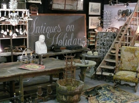 Industrial chic: wine related items, rustic farm tables, and much more ...