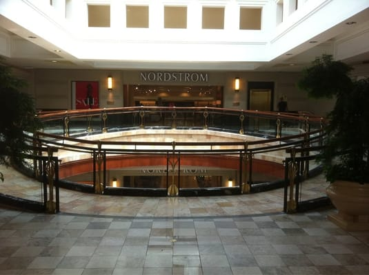 Nordstrom Atlanta GA locations, hours, phone number, map and driving directions.