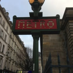 Metro notre dame de lorette public transportation - Metro notre dame de lorette ...