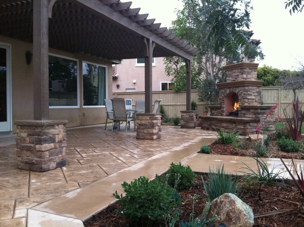 Outdoor fireplace patio cover built in bbq water for Outdoor fireplace landscaping