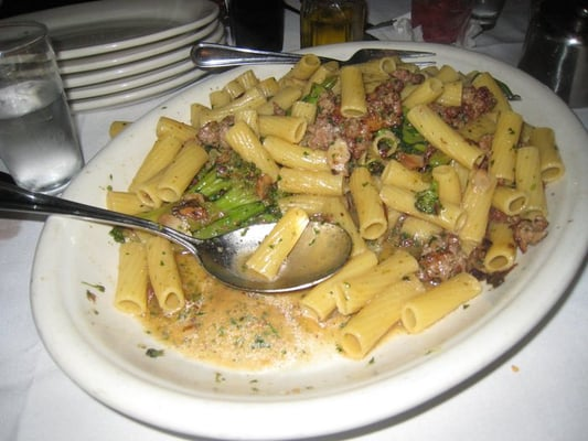 Rigatoni w/ Sausage & Broccoli - garlic sauce | Yelp