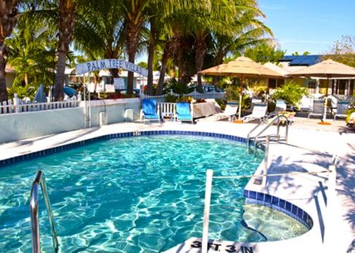 Palm tree villas hotels holmes beach fl reviews for Palm tree villas 1