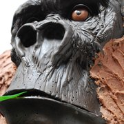 Love to Cake life-size 30th birthday Gorilla Cake