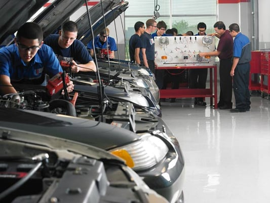 Auto mechanic school price 12