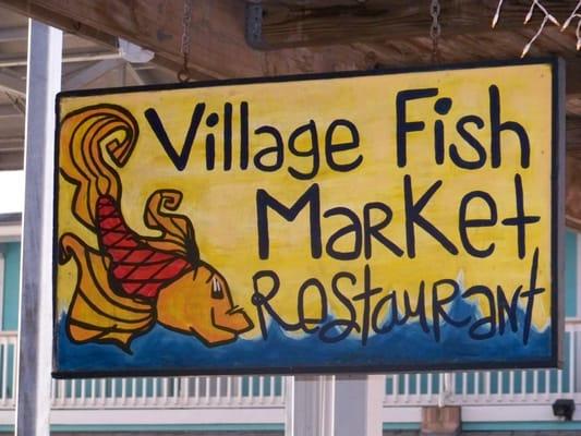 Village fish market restaurant seafood punta gorda for Florida fish market