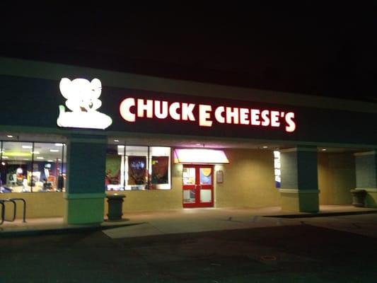 Chuck E Cheese Pizza Laguna Hills CA Reviews
