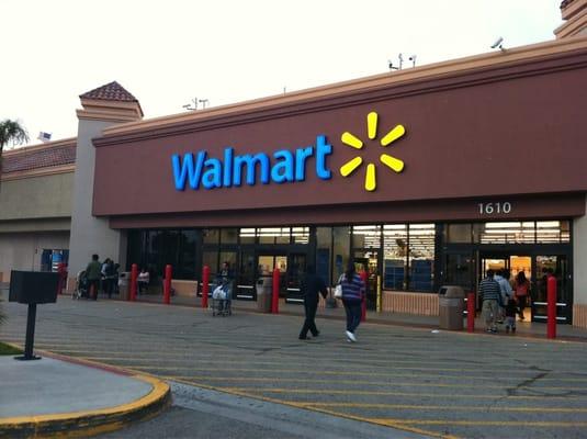 Walmart - Comes... Horario Walmart