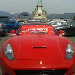 Test drive a ferrari! From 11am, everyday! Starts at €110 for 10 minutes, €190 for 20, €250 for 30. Until march 2014.
