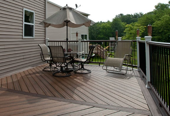 Trex transcend tropics decking and railings with aluminum for Who makes tropics decking