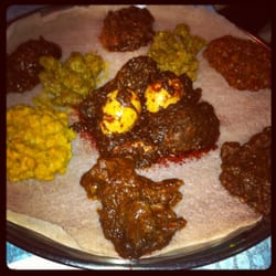 Abyssinia ethiopian restaurant silver spring md for Abol ethiopian cuisine silver spring md