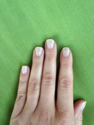 weeks after my OPI gel color manicure with Maya. Still looking