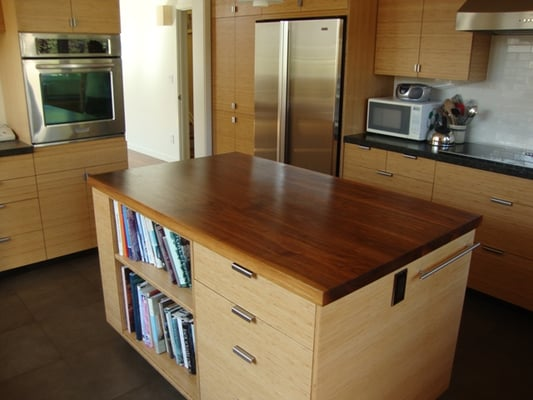 Bamboo cabinets fsc walnut countertops so eco savy and for Bamboo kitchen cabinets australia