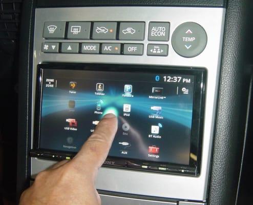 Infiniti G35 2005 Sony Touchscreen Yelp