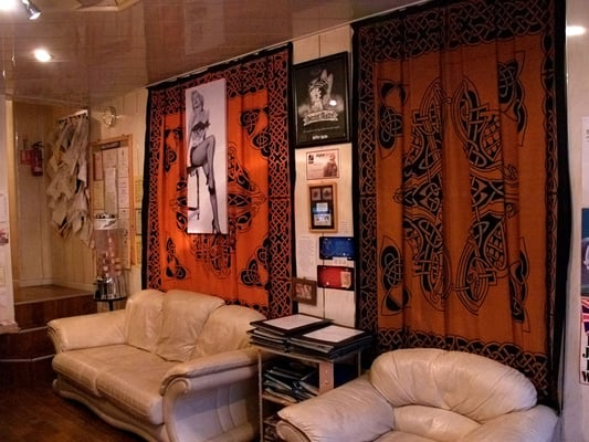 tattoo shop interior joy studio design gallery best design. Black Bedroom Furniture Sets. Home Design Ideas