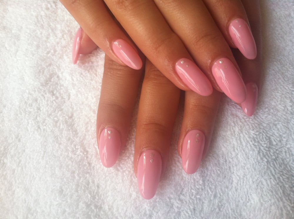 Best 25 Almond acrylic nails ideas on Pinterest  Almond
