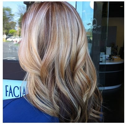 Summer honey blonde highlights by Breanna