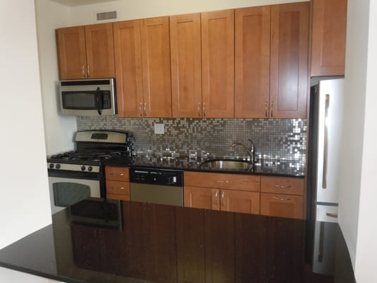 cabinets stainless backsplash black granite counter tops yelp