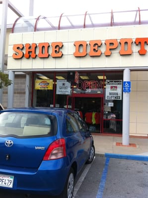 Shoe Depot: Photos