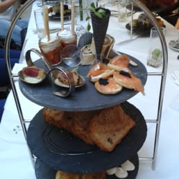 A most peculiar afternoon tea!