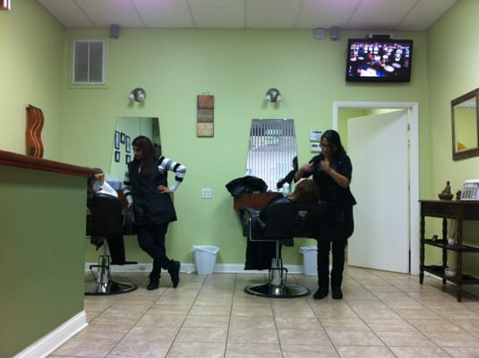 The threading salon hair salons chicago il yelp for Aberdeen college beauty salon