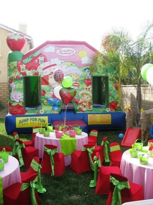 strawberry short cake theme birthday party table set up decoration