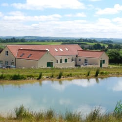 Greetham Retreat Holidays provides five luxury self catering holiday cottages in the Lincolnshire Wolds near Horncastle.