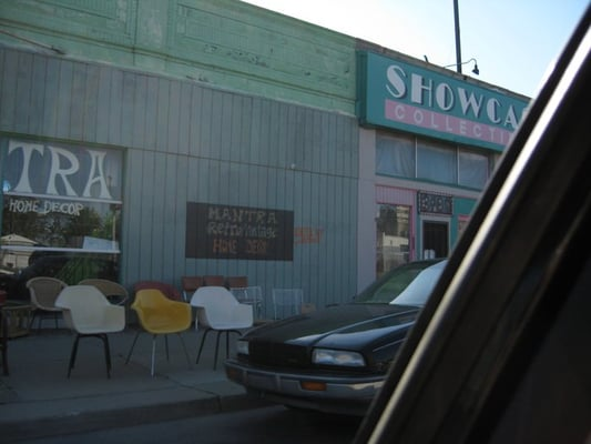 Showcase Collectibles in Midtown to close; tattoo shop planned at location