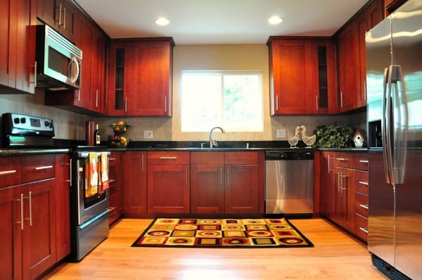 cherry shaker cabinet, red oak hardwood floor, black galaxy ...