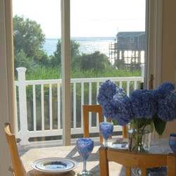 Get Help Decorating Your Home: An Interview with Roberta Laprade of Coastal Styling